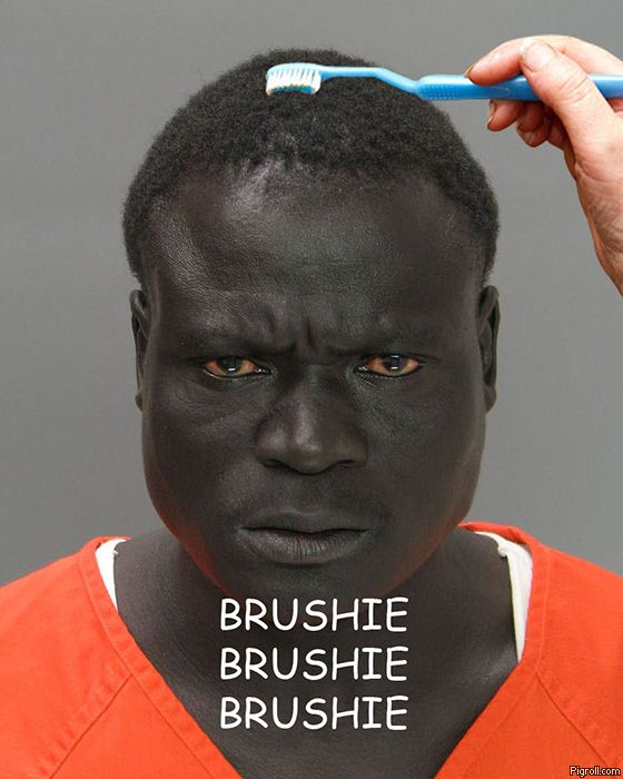 Angry black guy getting a brushie
