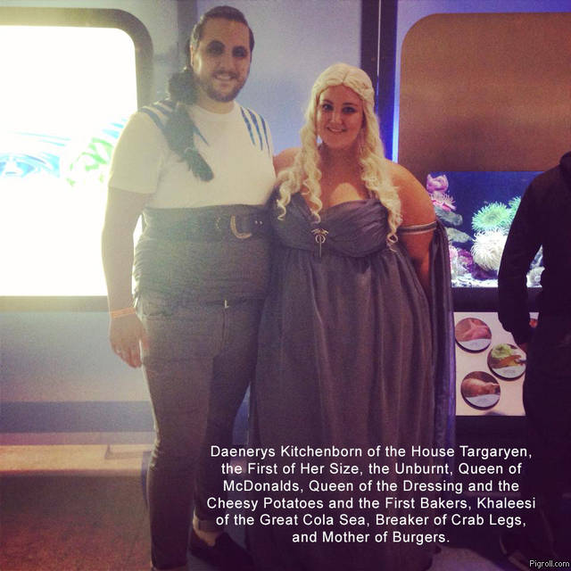 Fat girl in Daenerys costume